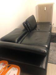 2 Couchs und 2 Sideboard