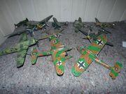 Sammlung von 9 Flugzeugmodellen bemalt