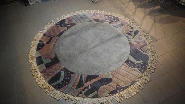 hochwertige runder Wollteppich Nepalteppich