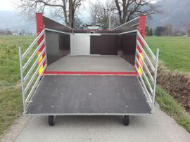 Schafanhänger Druckluftgebremst: Kleinanzeigen aus Dornbirn - Rubrik Sonstige Nutzfahrzeuge