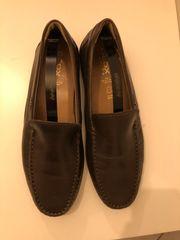 Neue Geox Schuhe Slipper braun