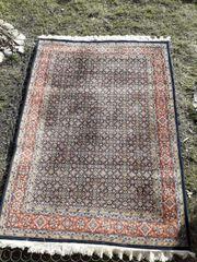 sehr schöne handgeknüpfte Teppich 170cmx237cm