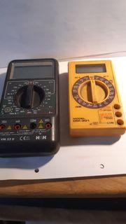 2 elektronische Messgeräte