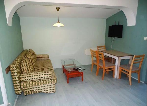 Eine Luxus-Mietwohnung mit 2 Schlafzimmern