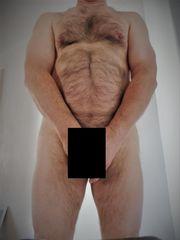 Suche Sie mit RIESEN Brüsten