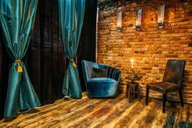 Bars, Clubs & Erotikwohnung - Stundenzimmer - SM-Ferienwohnung - Bizarres Liebesnest