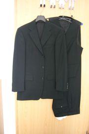 Schwarzer Boss Anzug Größe 44