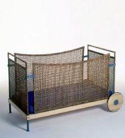 Traumhaftes Baby- KInderbett von Steybe aus