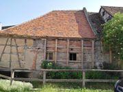altes Wirtshaus mit Nebengebäuden Denkmalgeschützt