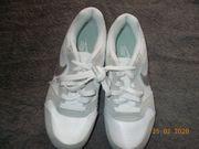 NEU Nike Damen Schuhe weiß
