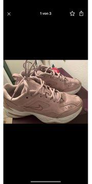 Nike Tecno Gr 38 5