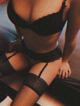 Sie sucht Ihn (Erotik) - HotRussianLea