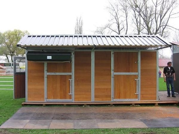 Mobile Boxen Hütten Unterstände für