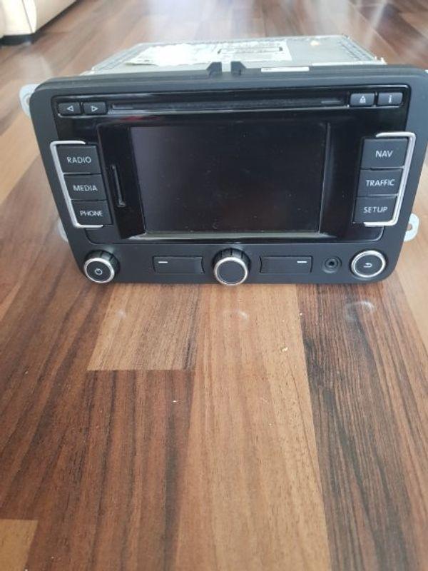 ein Original VW Radio CD
