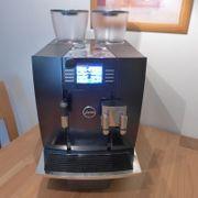 JURA GIGA X8c Professional Kaffeevollautomat