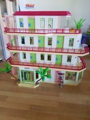 Grosses mehrstöckiges Playmobil Hotel