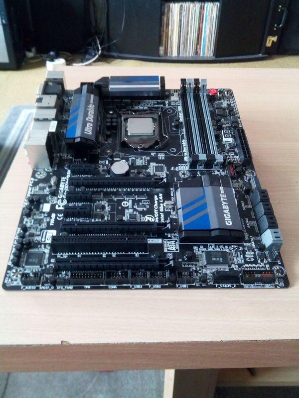 Mainboard Gigabyte GA - Z87X-UD3H