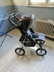 Gut erhaltener Kinderwagen
