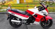 Kawasaki GPX 750 R Ninja