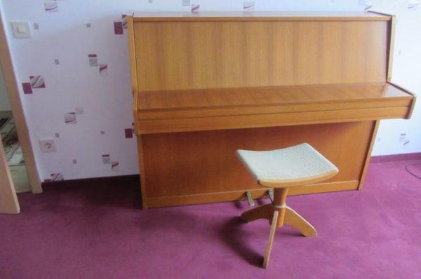 Klavier Grotrian-Steinweg 110 M