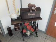 Nähmaschine der Marke Phoenix 10