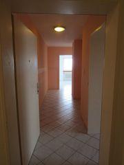Wohnung - Garage - Kapitalanlage - Ferien - Tisch - Schrank -