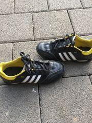 Fußballschuhe von Adidas in Gr