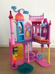Barbie Regenbogenschloss