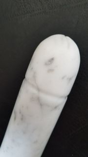 Phallus Dildo aus Carrara Marmor