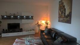 Wohnzimmerschränke, Anbauwände - Sehr schönes Wohnwand mit Beleutung