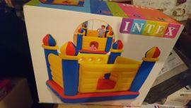 Sonstiges Kinderspielzeug - Hüpfburg