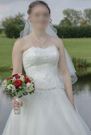 Hochzeitskleid von Elizabeth Passion Gr