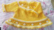 Baby Kleidung Süßes Strickkleidchen Handarbeit