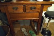 Tisch Braun mit 2 Schubladen