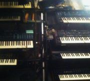 Oldie-Band sucht analog Synthesizer Hohner