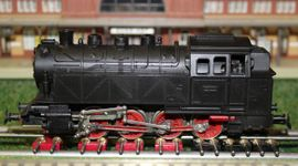 Modelleisenbahnen - PIKO DDR Produktion BR 81