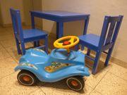 Kindertisch und Bobby-car