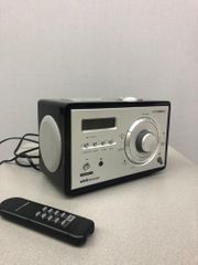 Radio mit iPhone-Adapter - bis iPhone
