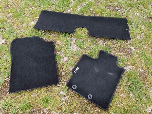Fußboden Teppiche für Toyota Yaris