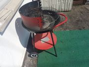 Grill Stand Holzkohlegrill