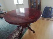 schöner Echtholz tisch mit Intarsien