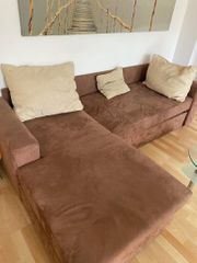 braune samte Couch Sofa