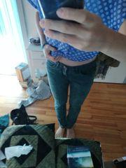 Grüne Skinny-Jeans W29 L32