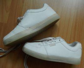 Schuhe, Stiefel - Halbschuhe Sportschuhe weiß Gr 38