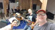 Sänger -in und Bassist -in