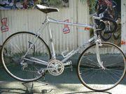 Straßenrennrad von STAIGER mit 12
