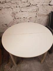 runder Holztisch weiss