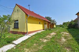 SONDERANGEBOT! Renoviertes Bauernhaus in ruhigem Dorf westlich am Plattensee