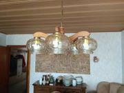 Hängelampe und Wandlampe