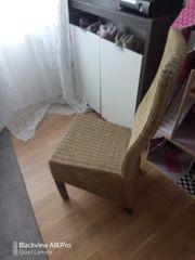 Geflochtene Stühle
